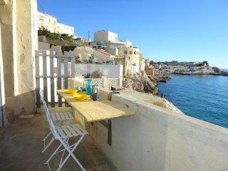 MARINA cabanon en bord de mer! - Marseille vacation rentals