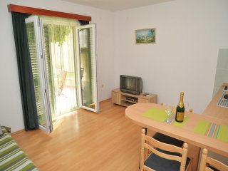 Apartments Branka- One Bedroom Apartment with Terrace (Green) - Murter vacation rentals