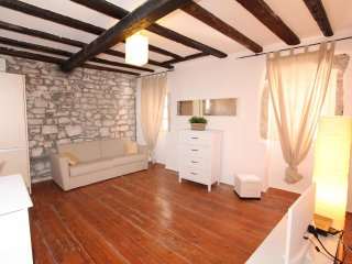 BIANCOROSA One-Bedroom Apartment 3 - Rovinj vacation rentals