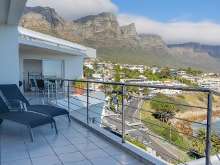 Perfect 2 bedroom Apartment in Camps Bay - Camps Bay vacation rentals