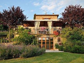 Villa Rosmarino - an idyllic accommodation for Cortona lovers - Cortona vacation rentals