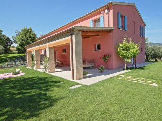 Comfortable Villa with Internet Access and A/C - Cartoceto vacation rentals