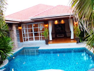 3 Bedroom Bungalow Walking Street 10 Min Ride Away - Jomtien Beach vacation rentals