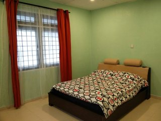 Convenient 3 bedroom House in Alor Setar - Alor Setar vacation rentals