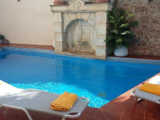 AKTIS-Private flat in a getaway oasis with pool - Atsipópoulon vacation rentals