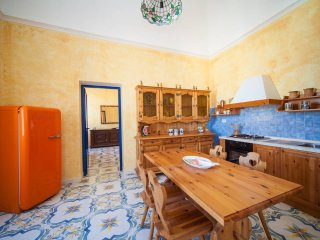 Adorable 4 bedroom Procida House with Parking - Procida vacation rentals