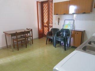 """Villetta """"Mare"""" a 100 metri dal mare - Leporano vacation rentals"""