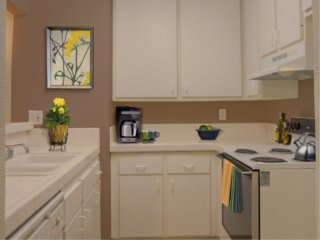 Furnished 1-Bedroom Apartment at Canoga Ave & Burbank Blvd Los Angeles - Bell Canyon vacation rentals
