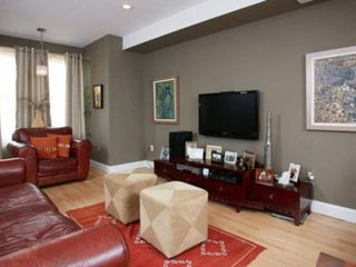 Furnished 2-Bedroom Apartment at I St NE & 13th St NE Washington - Fairlawn vacation rentals