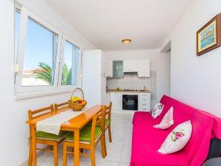 Apartments Kažimir - 45981-A1 - Necujam vacation rentals