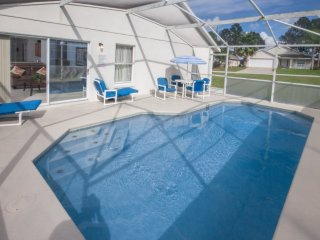 Close Disney,Orlando.4 Bedroom Villa With South Facing Pool,Games Room & Wifi. - Davenport vacation rentals