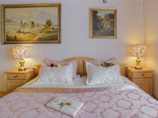 Romantic 1 bedroom Condo in Garmisch-Partenkirchen - Garmisch-Partenkirchen vacation rentals