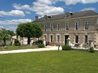 Manor House, with swimming pool, set in 10 acres - Baignes-Sainte-Radegonde vacation rentals