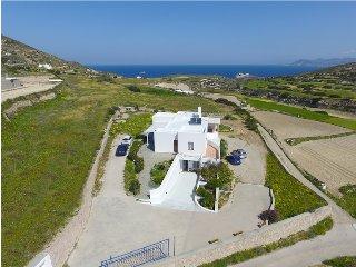 Bright 2 bedroom Triovassalos Villa with Internet Access - Triovassalos vacation rentals