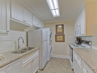 Lovely 2 bedroom Condo in Saint Simons Island - Saint Simons Island vacation rentals