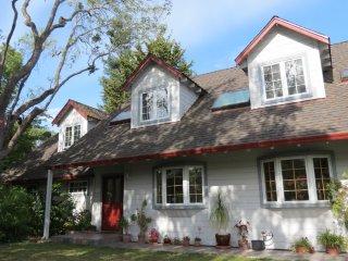 Furnished 4-Bedroom Home at Spencer Way & Morgan Pl Los Altos - Los Altos vacation rentals