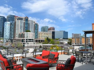 Furnished 1-Bedroom Apartment at Main St & 106th Ave NE Bellevue - Bellevue vacation rentals