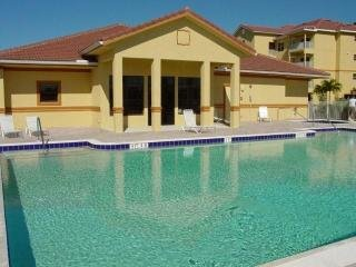 Large Townhouse loaded with 2.5 car garage - Fort Myers vacation rentals