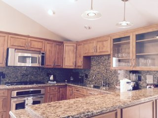 Furnished 4-Bedroom Home at Euclid St & W Cerritos Ave Anaheim - Anaheim vacation rentals