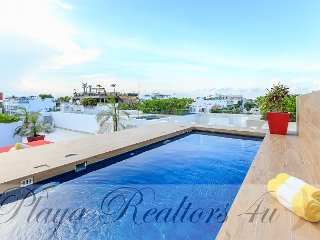 In A Prime Location on 5th Avenue close to the Best Turquoise Beach - Playa del Carmen vacation rentals