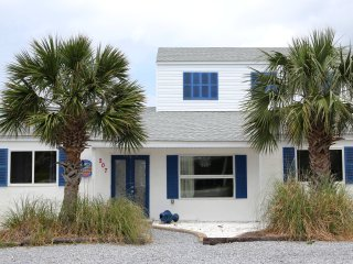 Come Stay at REEL PARADISE - Pensacola Beach vacation rentals