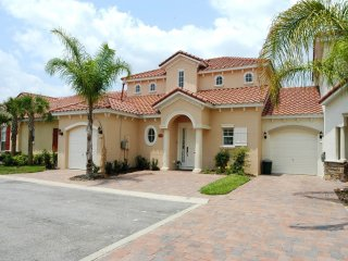 The Florida Lilly Pad Villa - Davenport vacation rentals