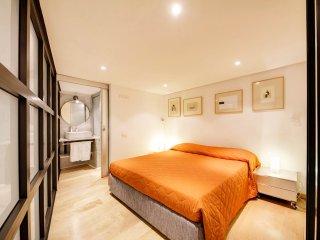 Rosa Apartment - Rome vacation rentals