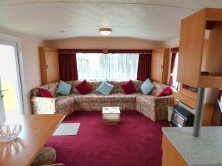Nice Caravan/mobile home with Television and DVD Player - Skegness vacation rentals