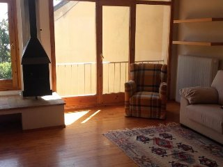 Cozy 2 bedroom Puigcerda Condo with Television - Puigcerda vacation rentals