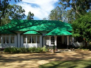 Comfortable 4 bedroom Bungalow in Nuwara Eliya - Nuwara Eliya vacation rentals