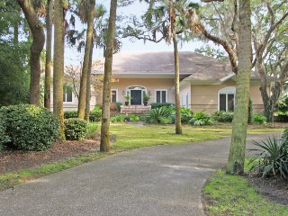 Huge 4 Bedroom with Private Pool - Seabrook Island vacation rentals