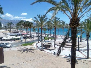 5 bed 2 bath Villa In Alfaz / Albir near Benidorm - L'Alfas del Pi vacation rentals