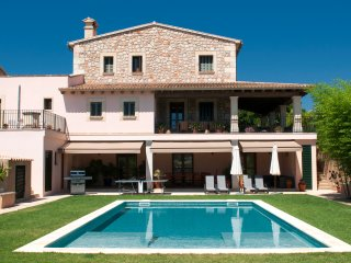 Adorable 6 bedroom Manacor House with Internet Access - Manacor vacation rentals