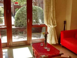 Central & Cosy Entire Flat in Dublin! - Dublin vacation rentals