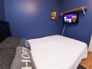 Comfortable Room in Heart of the City - Chicago vacation rentals