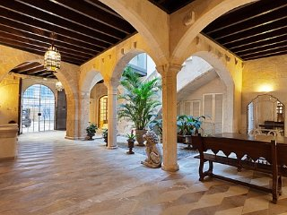 Cozy House with Internet Access and A/C - Palma de Mallorca vacation rentals