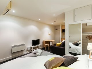 Perfect Greater Melbourne Studio rental with Internet Access - Greater Melbourne vacation rentals