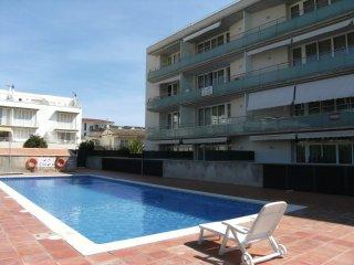 Bright 2 bedroom Apartment in Torroella de Montgri with Dishwasher - Torroella de Montgri vacation rentals