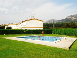 Cozy 2 bedroom Torroella de Montgri House with Washing Machine - Torroella de Montgri vacation rentals