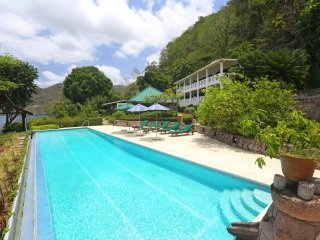 Charming 6 bedroom Soufriere Villa with Internet Access - Soufriere vacation rentals