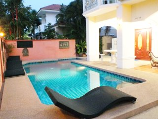 Private Pool Villa Walking Street 10 Minutes Away! - Jomtien Beach vacation rentals