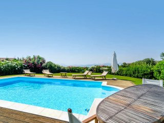 Charming Villa with Internet Access and Balcony - Abbiadori vacation rentals