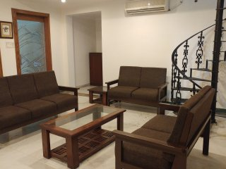 Banjara Hills, Road no 12, Pent House - Hyderabad vacation rentals