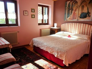 Camera Romantica - La Casa nel Bosco Vicenza | B&B - Isola Vicentina vacation rentals