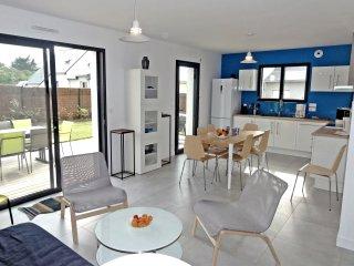 TYMAD, maison NEUVE, 3' à pied de la plage, 4* - Saint-Pierre-Quiberon vacation rentals