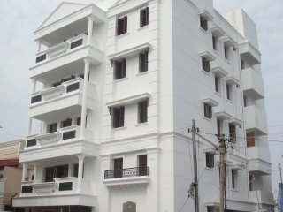 New Modern apartment with French Architecture - 2 minutes away from Beach - Union Territory of Pondicherry vacation rentals