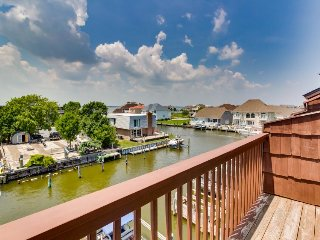 Bay-side condo w/ canal views, seasonal pool & dock access - Ocean City vacation rentals