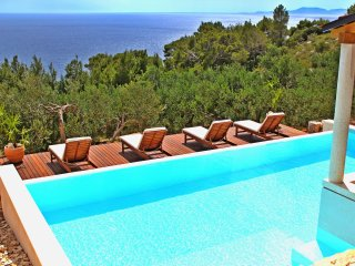 One bedroom villa flat with amazing views - Hvar Island vacation rentals
