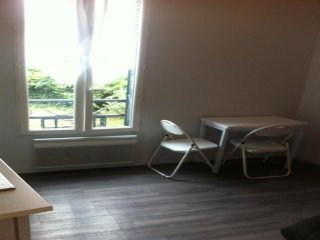 studio cosy meublé proche jardin du luxembourg - Gentilly vacation rentals