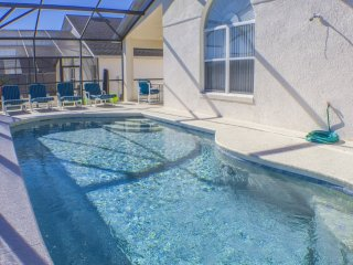 STUNNING 3 Bed Villa With Private Pool,Games Room & Free Wifi on Gated Community - Davenport vacation rentals